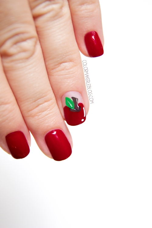 nail art apple