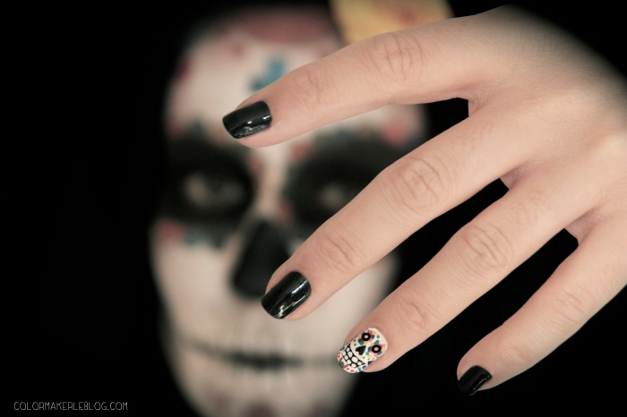 calavera nails make up