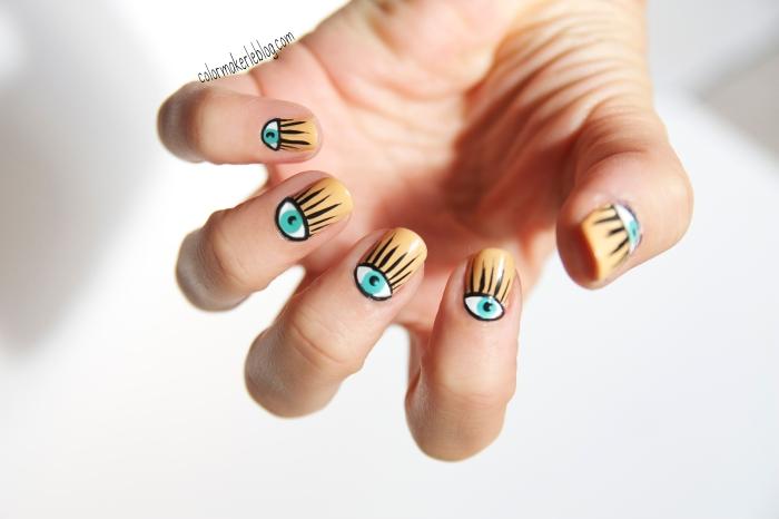 nail art eye