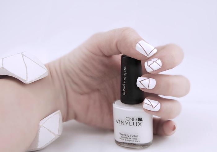 nail art geometrique blanc
